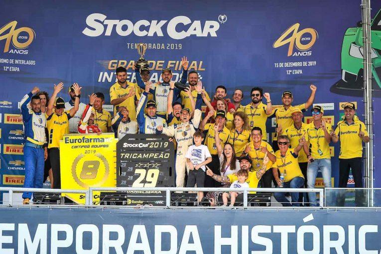 海外レース他 | SCB最終戦:グランドフィナーレ2位表彰台のダニエル・セラが父チコ・セラに並ぶ3連覇達成