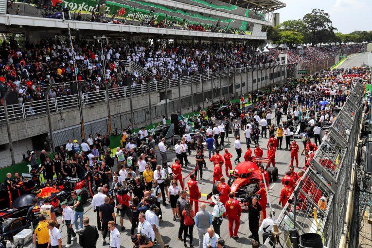 F1 | サインツJr.、スタッフの負担を懸念しF1カレンダー拡大に反対。FIA会長も現状維持を望む