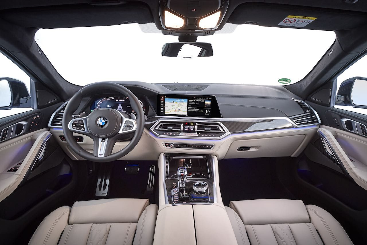 """ブランド初の""""ライトアップ""""キドニーグリル採用の、新型『BMW X6』が登場"""