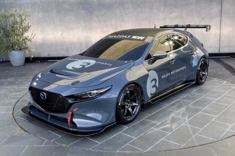 海外レース他 | 北米マツダ開発『マツダ3 TCR』正式デビュー1年延期との報道。共同製作ガレージ解散の余波で
