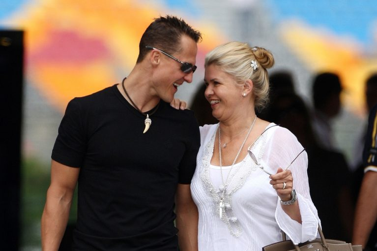 F1 | 事故から6年。シューマッハー夫人がファンにメッセージ「力を合わせれば強くなれる」