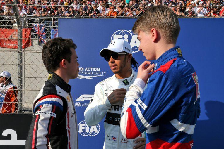 F1   ハミルトン、ジュニアカテゴリーの参戦費用高騰を憂慮「さまざまなドライバーがF1に挑戦できるような道を作りたい」