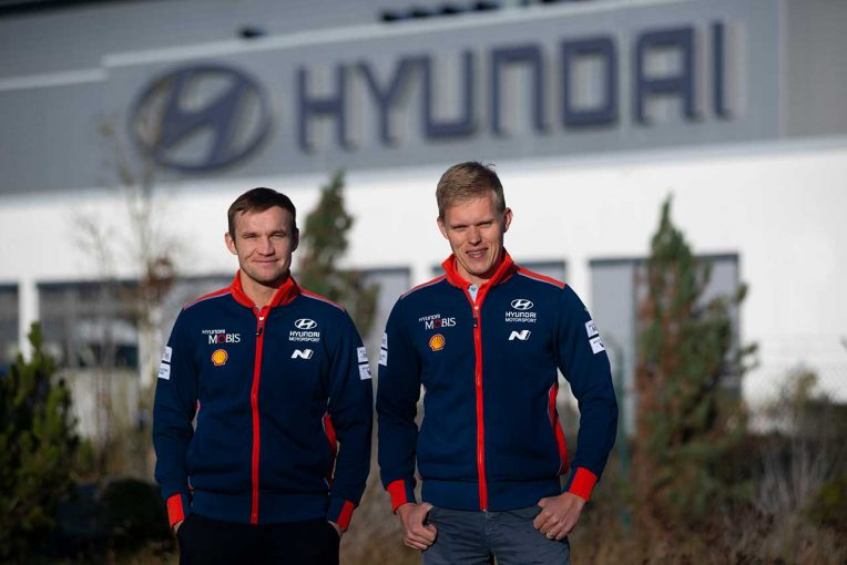 ラリー/WRC | WRC:トヨタ離脱のオット・タナクがヒュンダイの拠点訪問。「初走行でマシンにはいい驚き」
