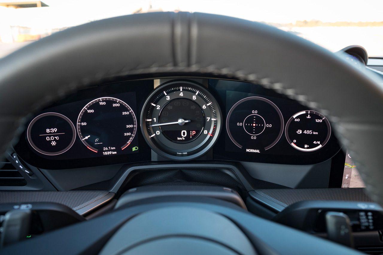 """""""失敗しない""""ポルシェ911で、モータースポーツの歴史を手中に収める/最新スーパースポーツカー試乗レポート"""