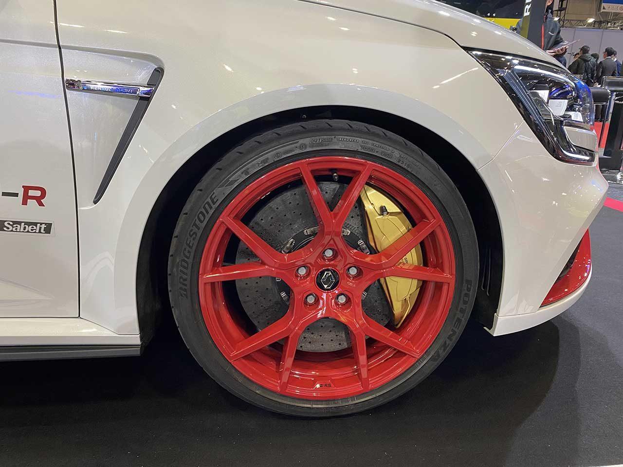谷口信輝、ニュルFF最速車は「乗り手に挑戦してくる印象」ルノー、メガーヌR.S.トロフィーRを限定販売
