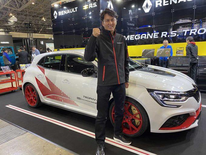 クルマ | 谷口信輝、ニュルFF最速車は「乗り手に挑戦してくる印象」ルノー、メガーヌR.S.トロフィーRを限定販売