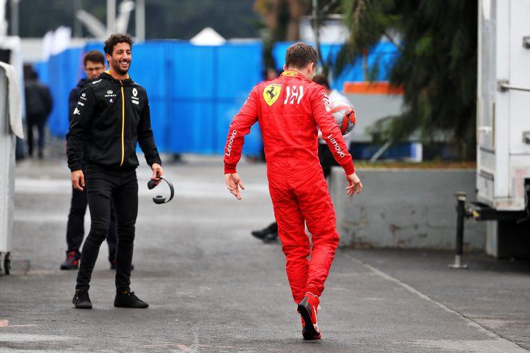 F1 | リカルド、ルノーF1との現契約はあと1年。フェラーリ入りを期待する声に「候補のひとりに挙げられるのはうれしい」
