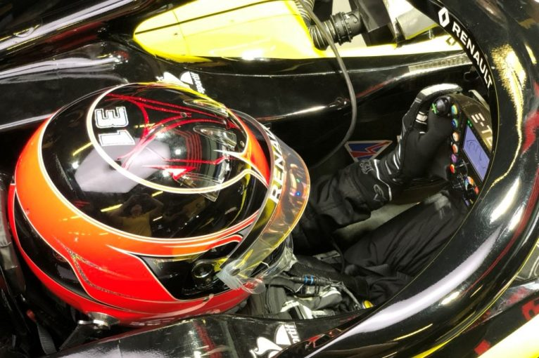 F1 | 【動画】「2020年の目標は表彰台」F1復帰のオコンがルノーでシート合わせ