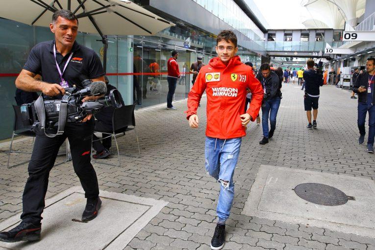 F1   ルクレールが無断でスカイダイビング「フェラーリは少し怒っていた」