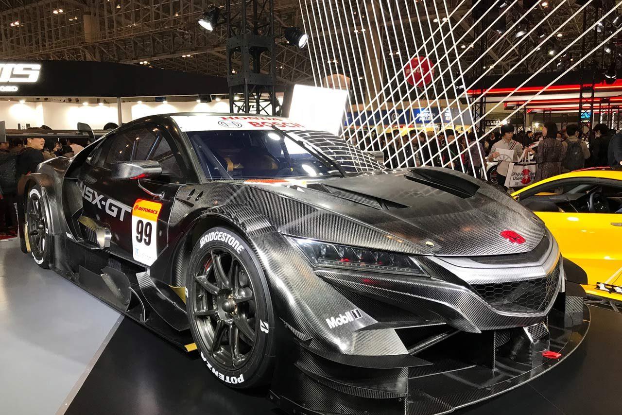 【超私的、クルマ大好き特派員のブログ】「今年のナンバー1はリバティーウォークのフェラーリ308」/東京オートサロン2020