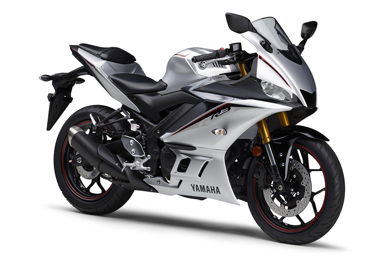ヤマハ、『YZF-R3 ABS』と『YZF-R25/ABS』にマットシルバーなど新たに3色採用し2月14日発売