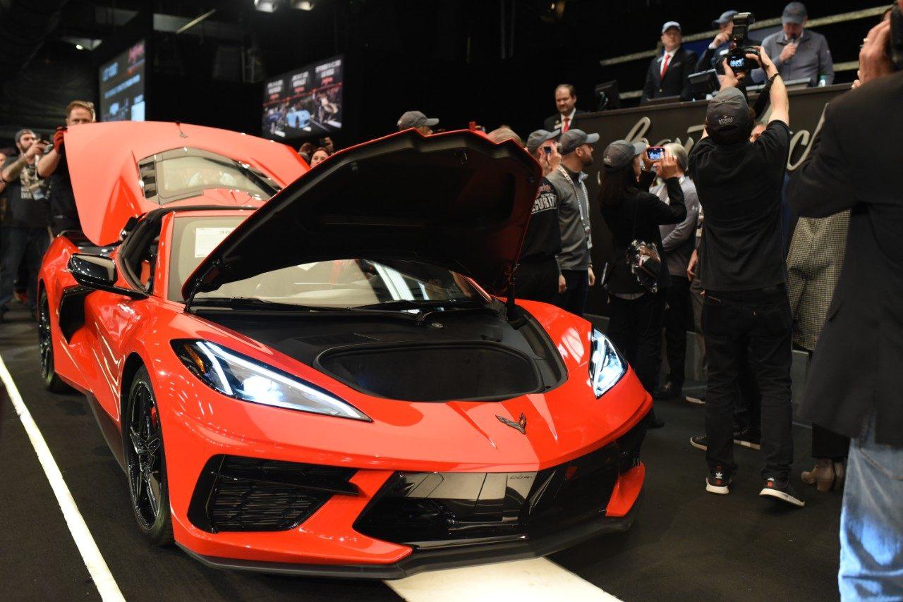 ミッドシップ・コルベット量産第1号車がチャリティオークションに出品。約3億3000万円で落札
