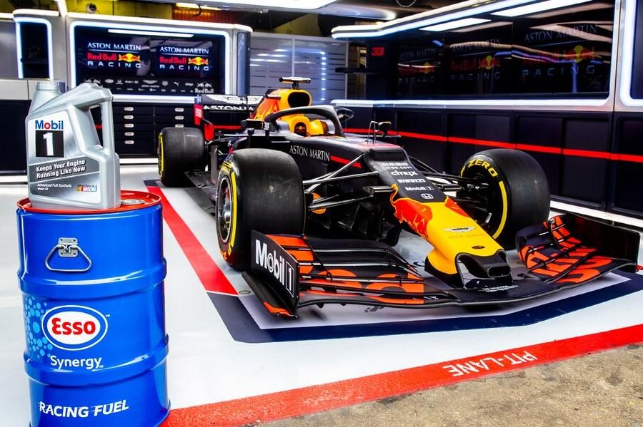 F1   レッドブルF1、燃料サプライヤー エクソンモービルとの契約を複数年にわたり延長