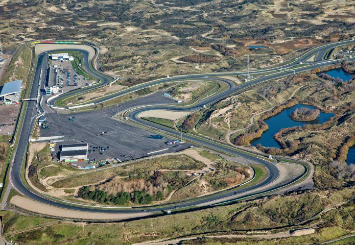 F1オランダGPに向け、ザントフォールトの改修工事が進む。オーバーテイク促進のため複数箇所を変更