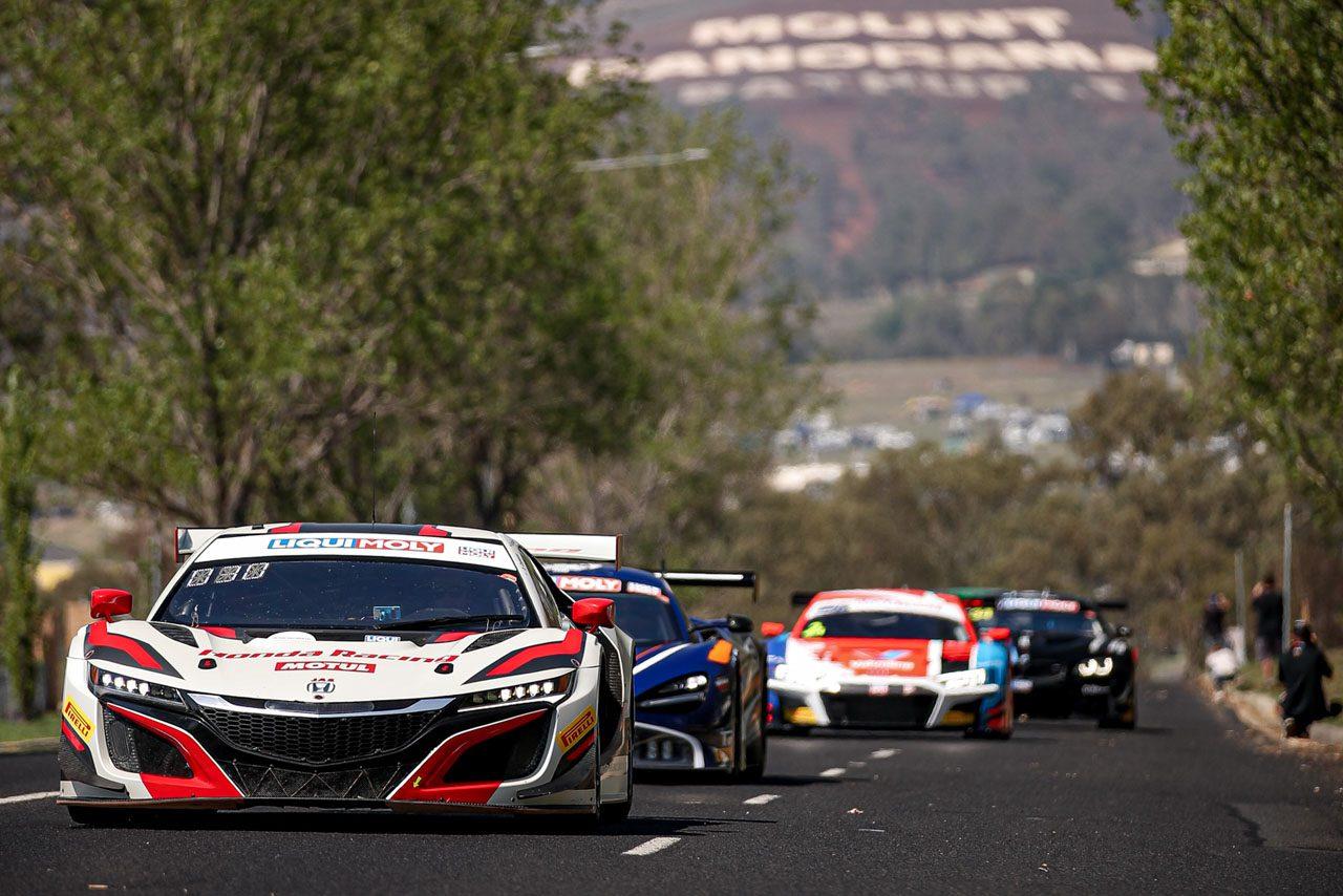 バサースト12時間:松田・千代組ニッサンGT-R、プラクティス1で最速も終盤にクラッシュ