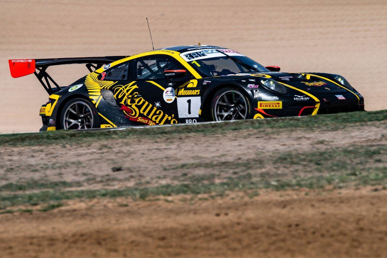 ブランド史上初、ベントレー7号車がバサースト12時間&IGTC初優勝! GT-Rは健闘実らず