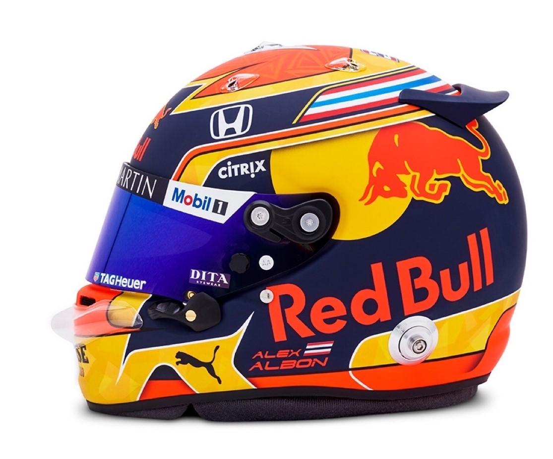 アレクサンダー・アルボンの2020年用ヘルメットデザイン
