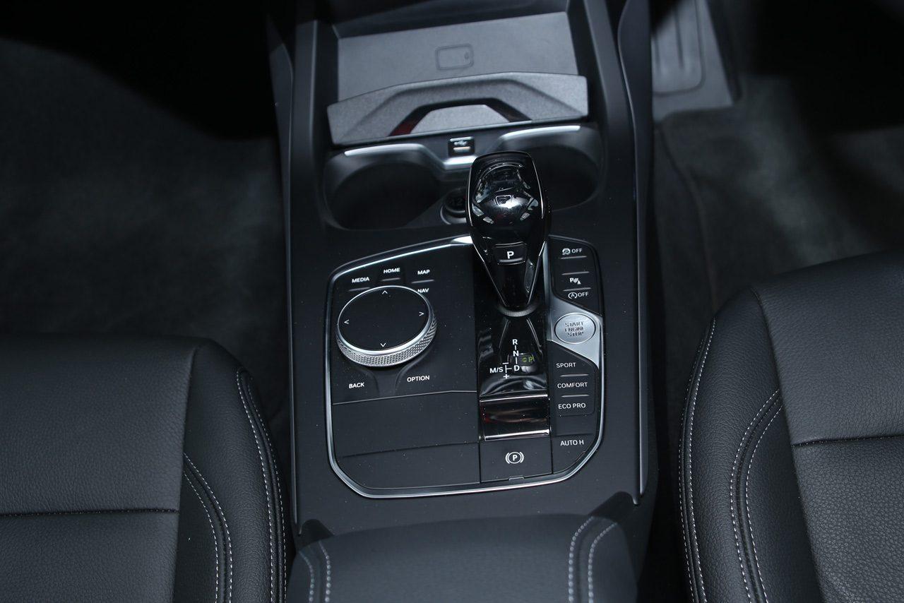 FRからFFへ大変身しても、マニアが好意的になる魅力を持続/BMW1シリーズ 実践インプレッション