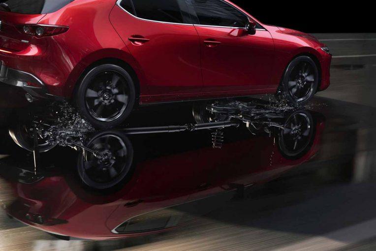 クルマ | マツダ3の2リッターガソリン車に『i-ACTIV AWD』が新設定。3月12日より発売