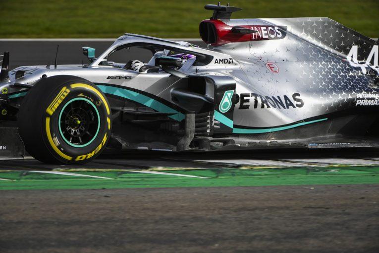 F1 | 「最高のバレンタインデー」ボッタスとハミルトン、メルセデス『W11』のシェイクダウンをスムーズに終える