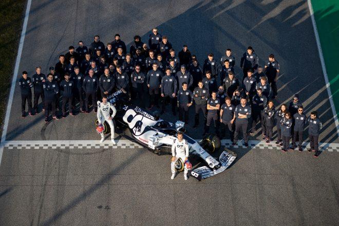 アルファタウリ・ホンダが2020年型F1マシン『AT01』をシェイクダウン