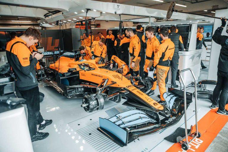 F1 | 【動画】マクラーレンF1が新車『MCL35』をシェイクダウン。サインツJr.&ノリスが走行