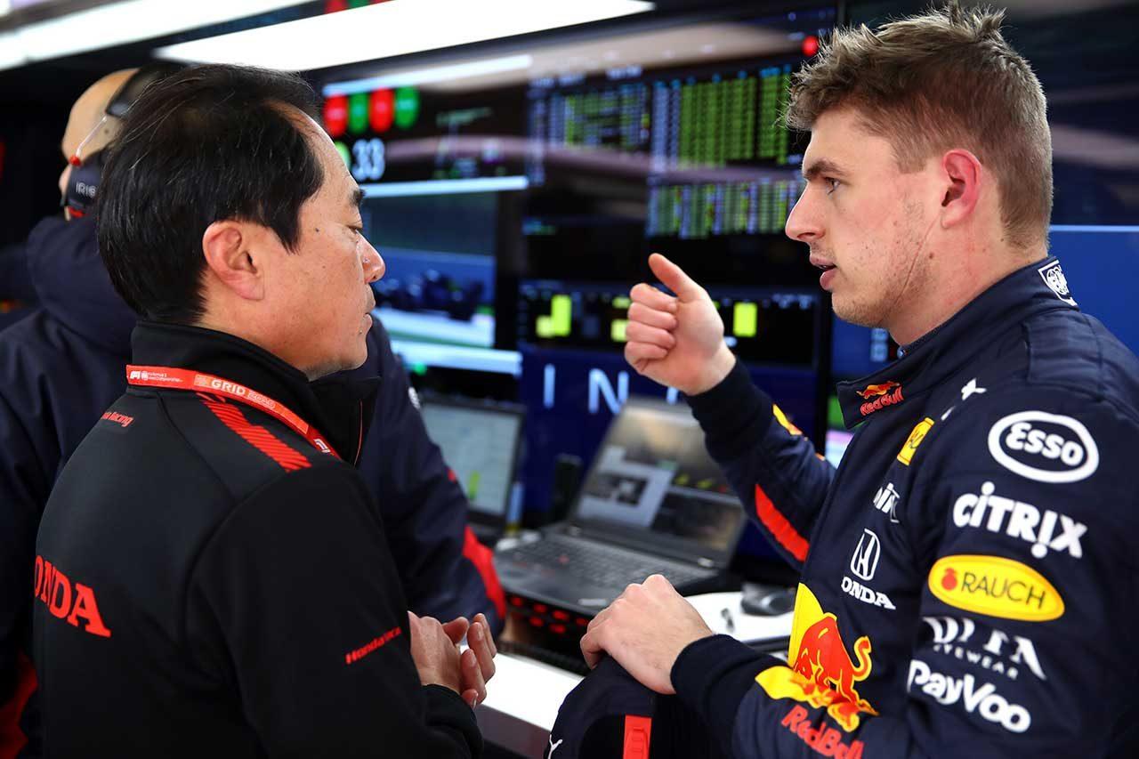 2020年F1第1回バルセロナテスト1日目 マックス・フェルスタッペン(レッドブル・ホンダ)&ホンダF1田辺豊治テクニカルディレクター