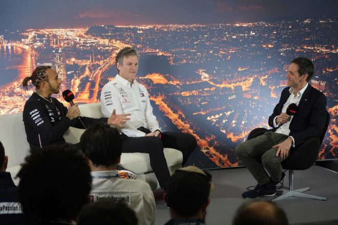 F1 | 【ブログ】滑り気味ジョーク連発のメルセデス。ホンダからサプライズも/2020年F1バルセロナテスト現地情報(2)