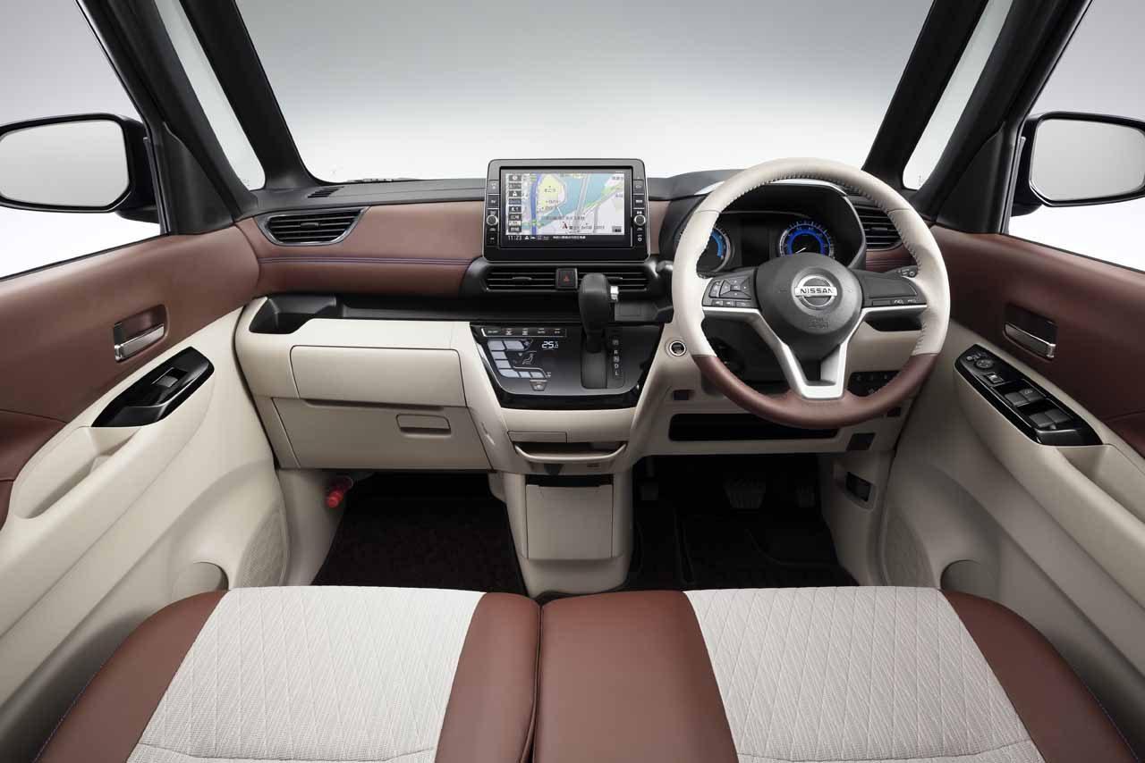 ニッサン、広い室内と便利な使い勝手を備える新型軽自動車『ルークス』発表。3月19日発売