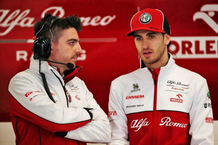 F1 | 元F1ドライバー、アルファロメオのドライバー交代の可能性に言及「ミックが乗っても驚かない」