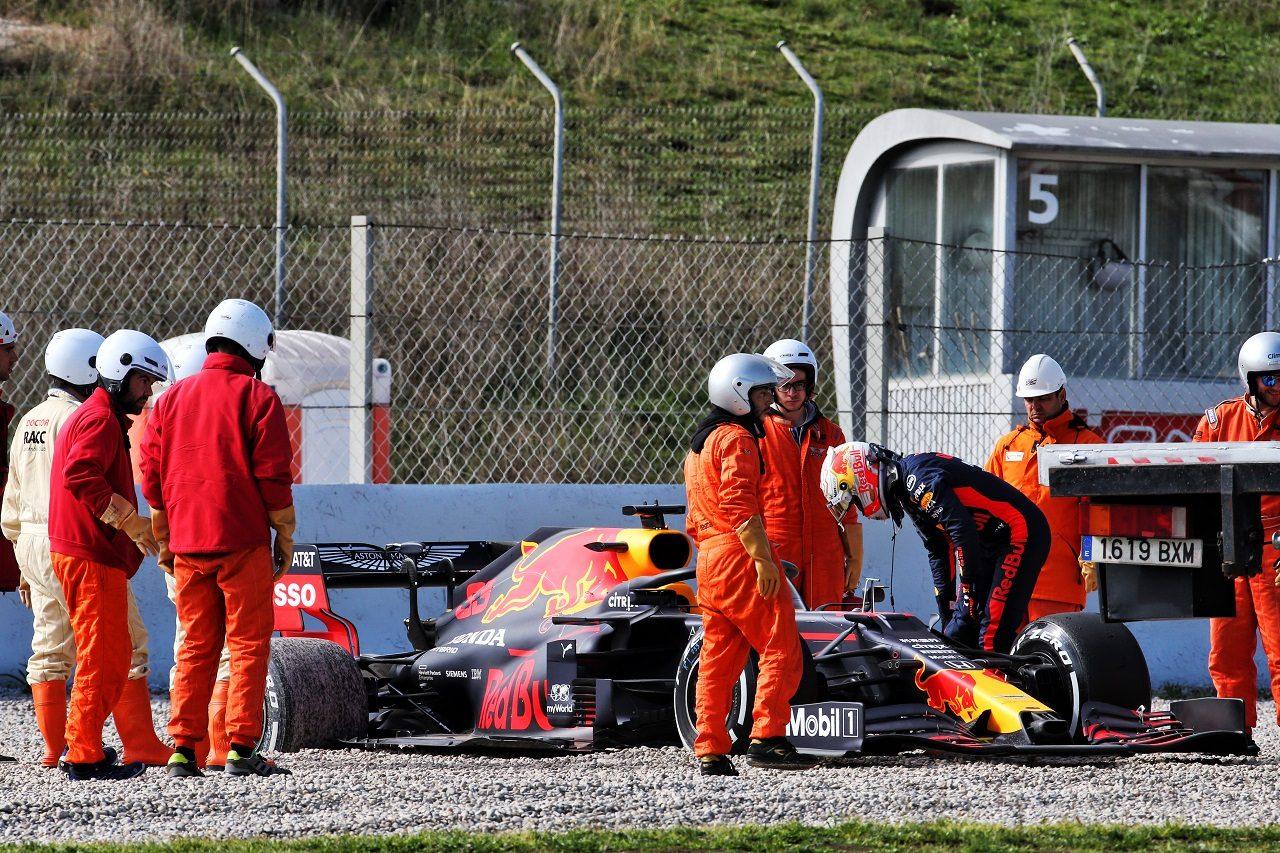 2020年第2回F1プレシーズンテスト2日目:マックス・フェルスタッペン(レッドブル・ホンダ)がコースオフし、ストップ