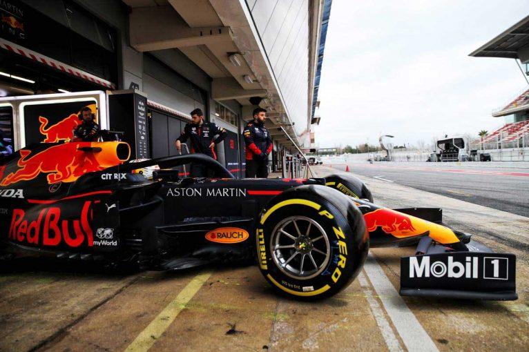 F1   【レッドブル密着】RB16の仕上がりに満足の表情。万全の状態で開幕へ/第2回F1バルセロナテスト最終日