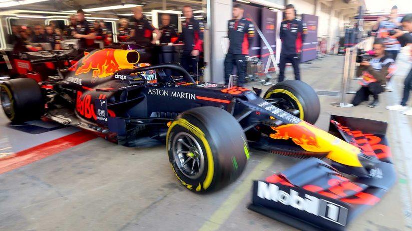 F1   『ハイ・レーキ』継承のレッドブル・ホンダRB16。低速域のダウンフォースも増加/全チーム戦力分析(1)