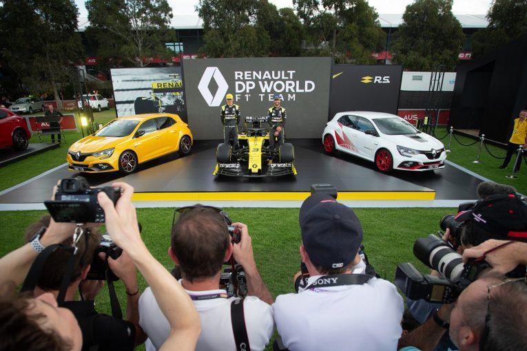 F1 | ルノーF1代表、撤退説を改めて否定「規則変更のチャンスを生かし、表彰台争いをしたい」