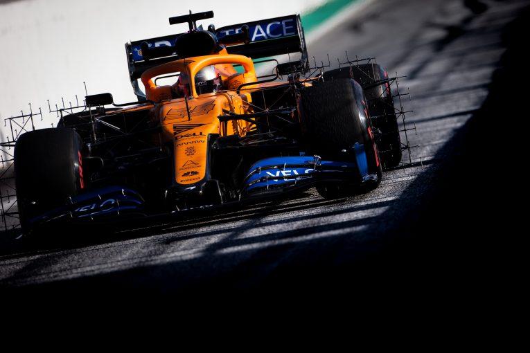F1   マクラーレンF1のサインツ、熾烈な中団争いを予想「警戒すべきはレーシングポイントとアルファタウリ」