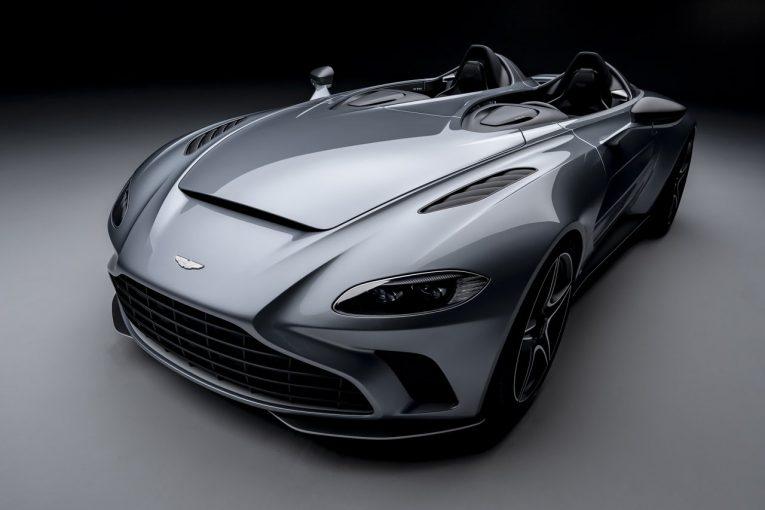 クルマ | アストンマーティン、限定88台の『V12スピードスター』発表。レースの歴史と航空デザインの融合作