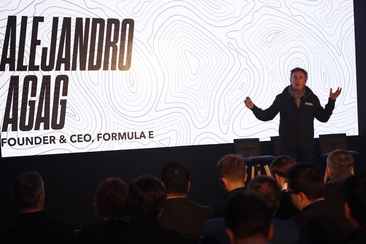エクストリームE:元F1ドライバーのペドロ・デ・ラ・ロサがEV企業QEVとともに参戦を計画