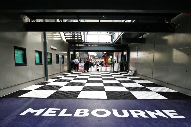 F1 | オーストラリア出身元F1王者ジョーンズ、突然の中止に落胆も「予期せぬ事態であり、誰も責められない」