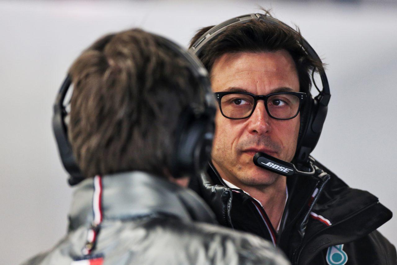 2020年F1バルセロナテストでのトト・ウォルフ(メルセデス)