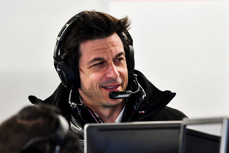 F1   メルセデスF1のウォルフ代表からメッセージ「ファンやスタッフの健康は不可欠。協力して困難を乗り越える」