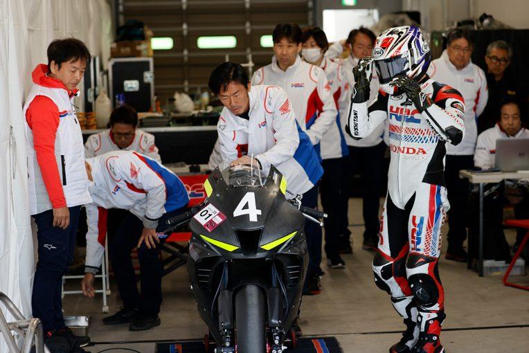 MotoGP | 高橋巧が大クラッシュ。TEAM HRCやヨシムラも参加しヤマハ勢がリード/全日本ロード鈴鹿テスト初日
