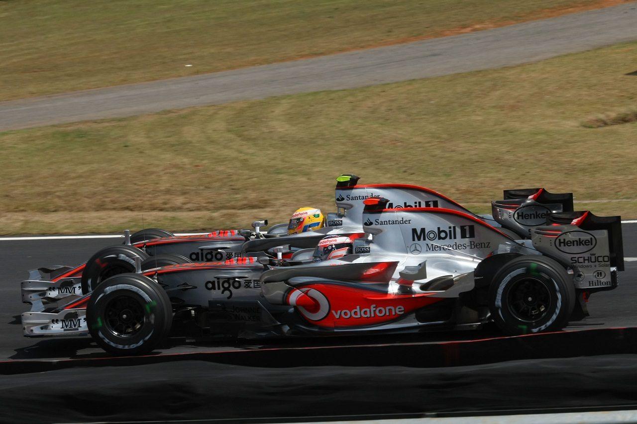 2007年F1ブラジルGP フェルナンド・アロンソとルイス・ハミルトン(マクラーレン)