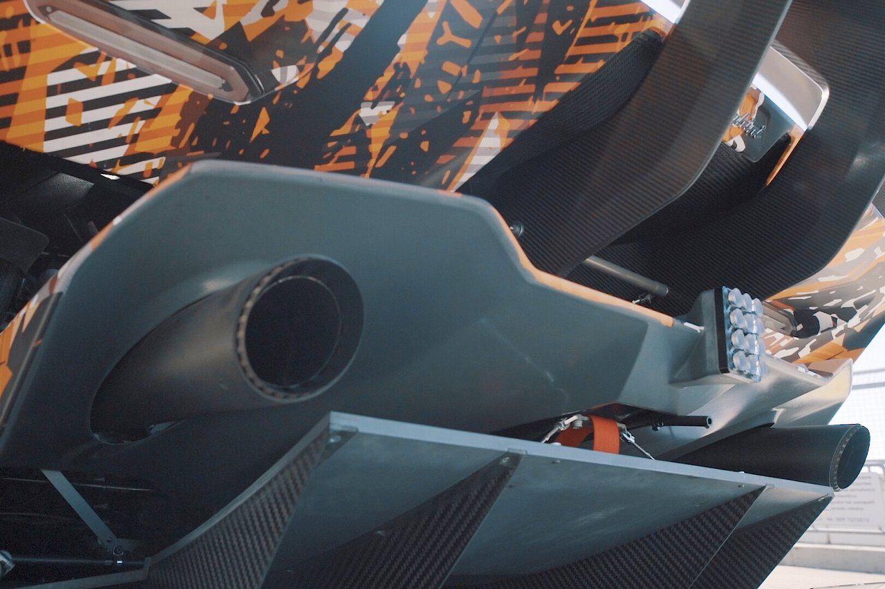 ランボルギーニ、新型V12エンジン搭載ハイパーカーのシェイクダウンを完了