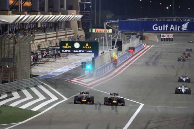 2014年F1バーレーンGP レッドブルのリカルドとベッテルが激しくバトル