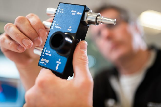 F1 Topic:メルセデスF1のPU部門エンジニアが生産に協力した人工呼吸装置『CPAP』とは?