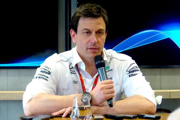 F1   メルセデスを6年連続で二冠に導いた人望の厚いチーム代表。次期CEOの噂も絶えず/F1レース関係者紹介(2)