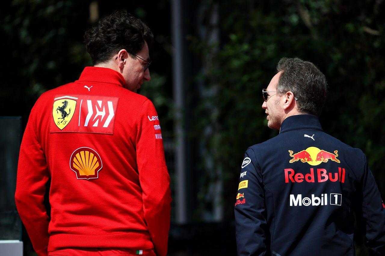 フェラーリ代表マッティア・ビノットとレッドブル代表クリスチャン・ホーナー