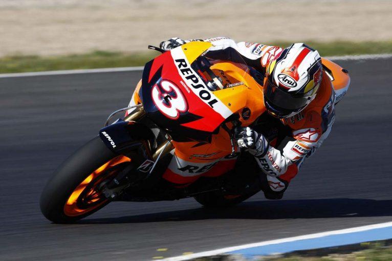 MotoGP   MotoGP ホンダ名バイク(2):800cc時代の後期にF1技術を導入したRC212V