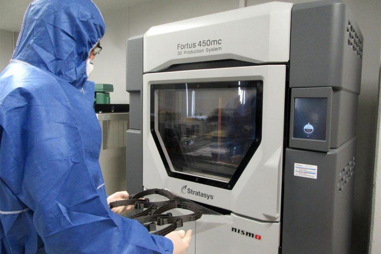 インフォメーション | ニスモが日産自動車の医療用フェイスシールドのフレームを製作。3Dプリンタ技術を活用