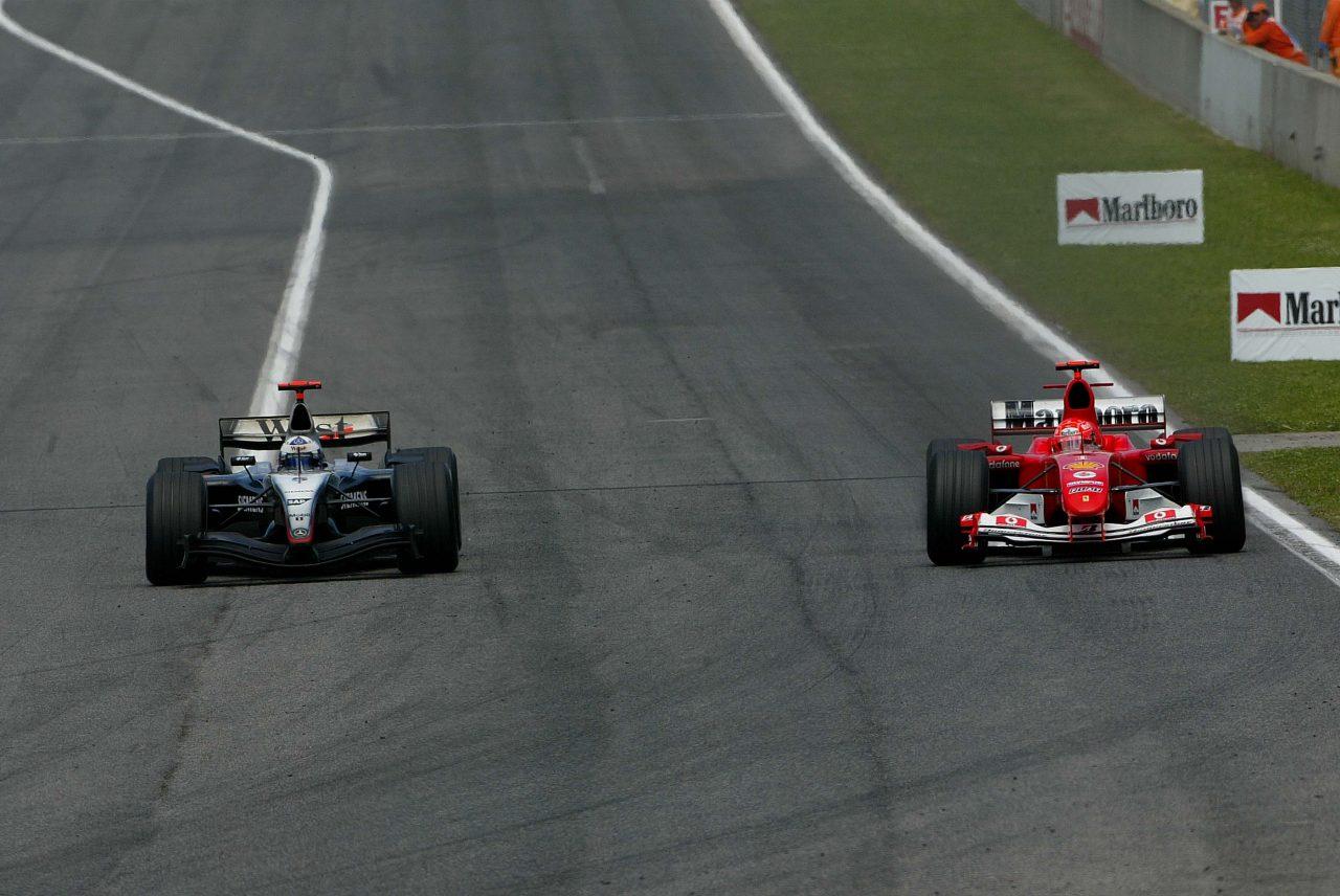 2004年F1スペインGPでのクルサードとシューマッハー